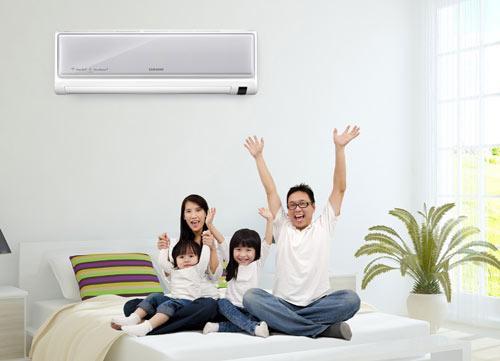 Đảm bảo sức khỏe cho gia đình từ việc vệ sinh sạch sẽ máy lạnh