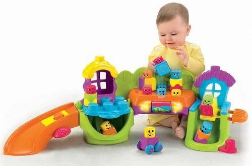Quá nhiều đồ chơi sẽ làm hạn chế tính sáng tạo ở trẻ