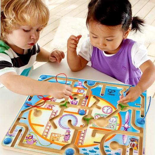 Trẻ cần học cách chia sẻ và hợp tác