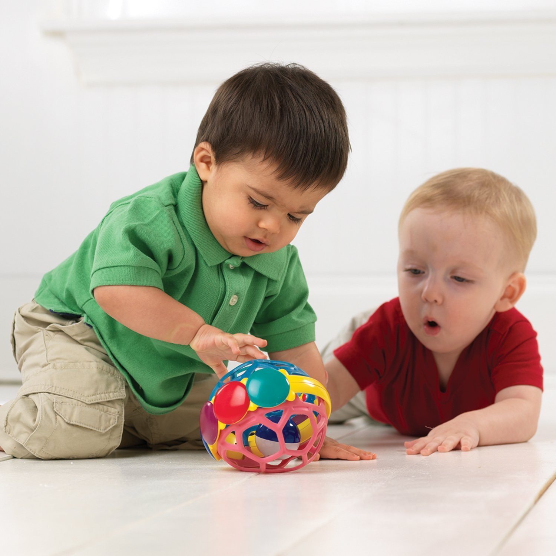 Trẻ cần học cách giao tiếp và tạo lập các mỗi quan hệ