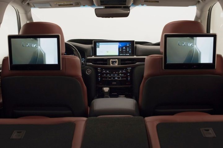 Các loại màn hình gối đầu cho ô tô