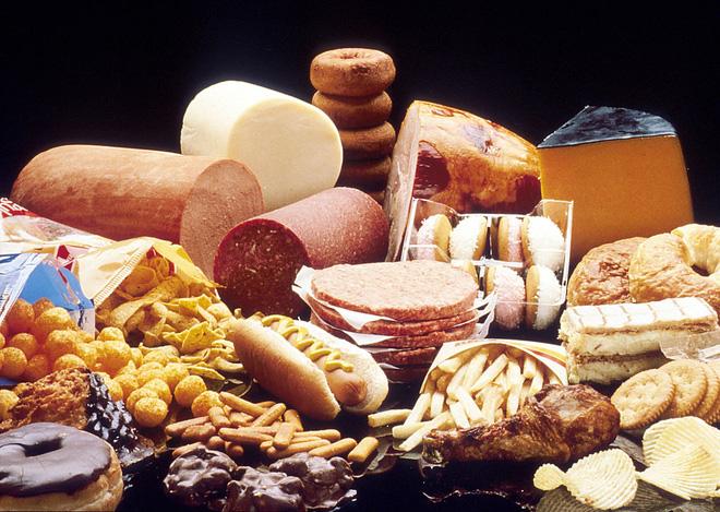 Ăn ít các thực phẩm giàu chất béo