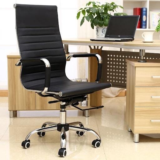 Cách chọn ghế văn phòng quan trọng: Ghế ngồi tương ứng vị trí chức vụ
